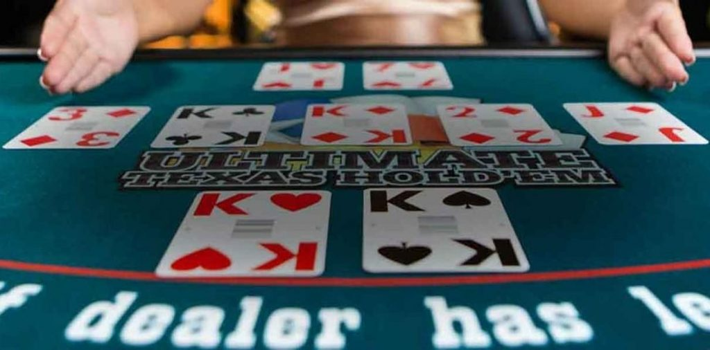 Ultimate Texas Hold'em-พนัน
